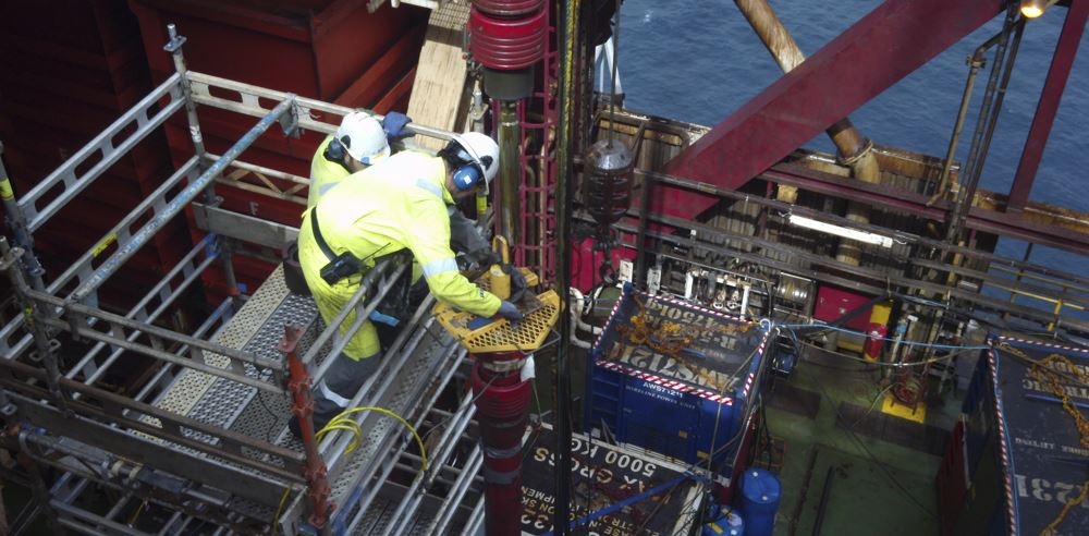 visuray crew on statoil rig offshore norway